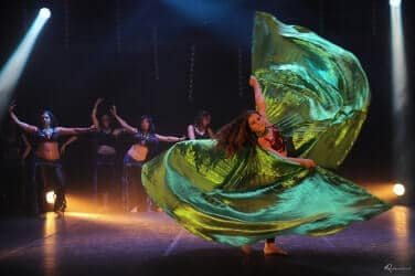 Cours de danse orientale Nice - Kahina Oriental & Fusion
